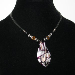 Beautiful black and glass necklace 16""